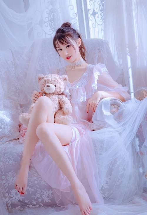 梦幻美女透明内衣火辣性感写真