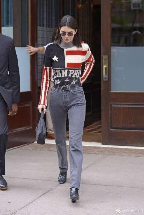 欧美美女明星肯豆Kendall Jenner在纽约出街时尚街拍