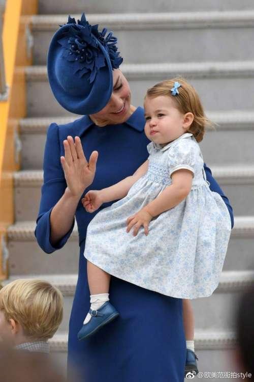 欧美小美女夏洛特小公主神基因小公主长得太像