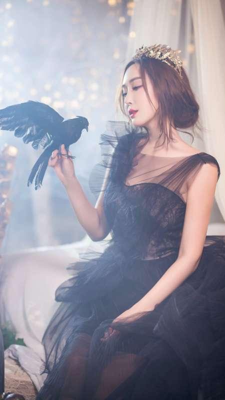 气质美女杜若溪唯美双面天使写真手机壁纸