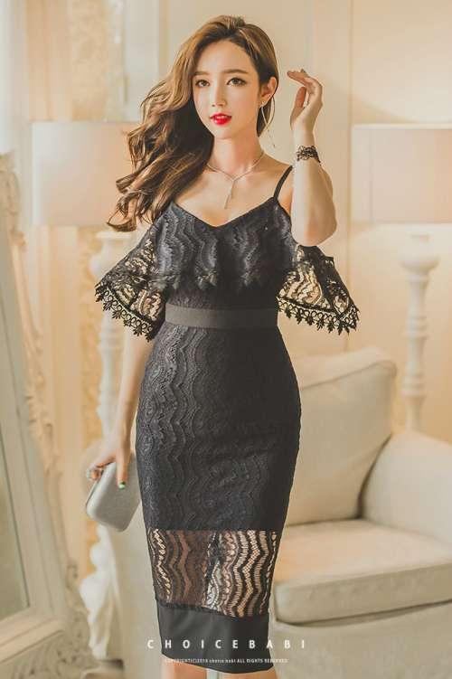 美女模特黑色紧身蕾丝连衣裙唯美写真