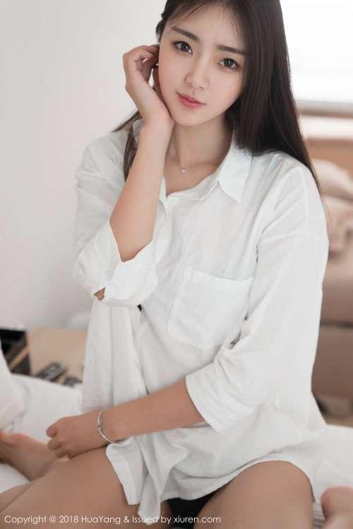 清纯可爱美女可樂Vicky白衬衫诱人床上写真集