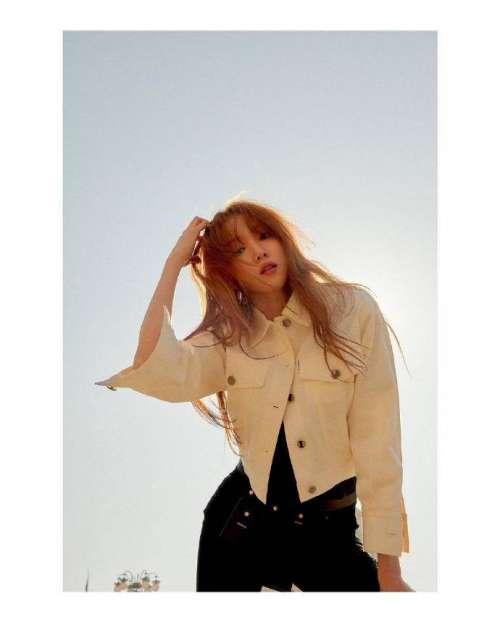 韩国美女图片 气质美女李圣经图片