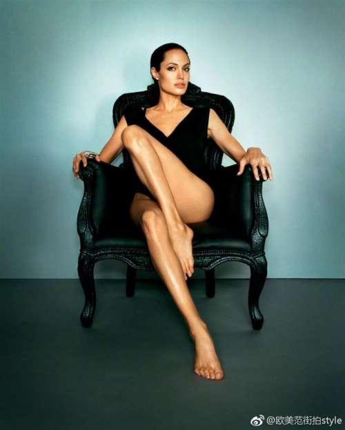 欧美美女明星Angelina Jolie安吉丽娜.朱莉性感图片