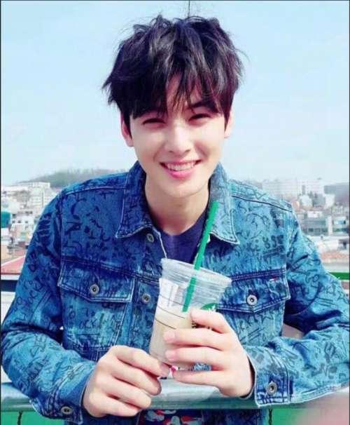 韩国男明星帅哥车银优Cha EunWoo阳光帅气图片
