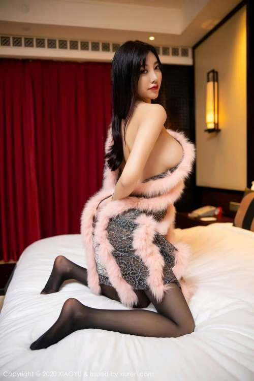 成熟御姐杨晨晨sugar私房全裸大胆人体艺术长腿玉足诱惑写真