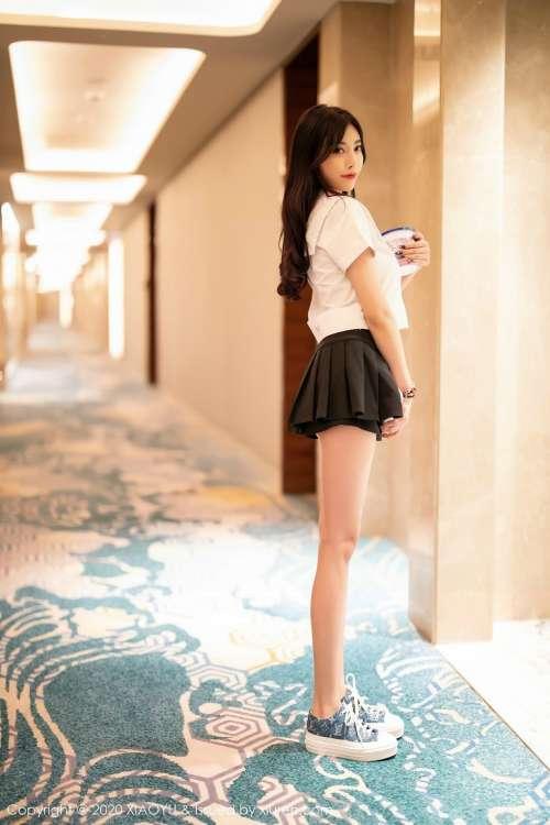 极品女神杨晨晨sugarJK丰乳翘臀后入式性感玉足半脱诱惑写真