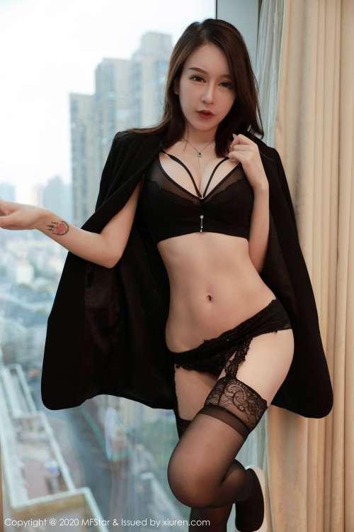 美女光身子一丝不挂,顶级人体艺术大尺度私拍