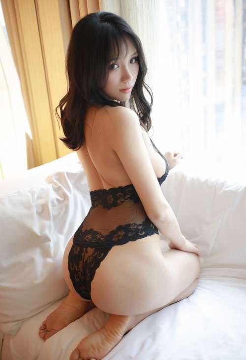 性感熟妇李可可私房全裸透视装无圣光丰乳翘臀诱惑写真