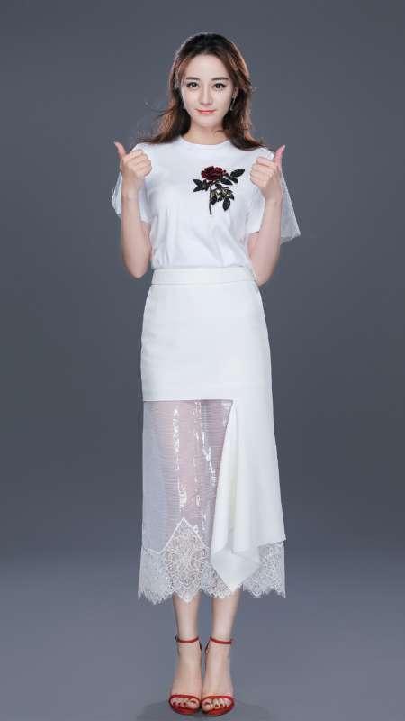 迪丽热巴清新唯美时尚写真图片手机壁纸