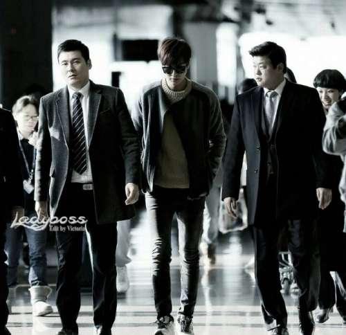 韩国男明星李敏镐欧巴带墨镜是不是超级帅