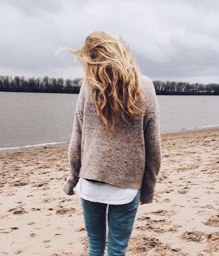 欧美美女图片:不要执著于令自己痛苦的事物,不要