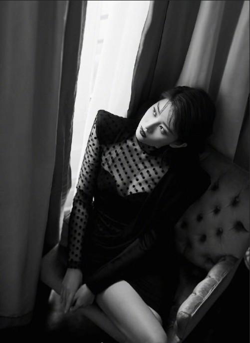 上海美女明星乔欣出席Balmain 2020春夏秀场