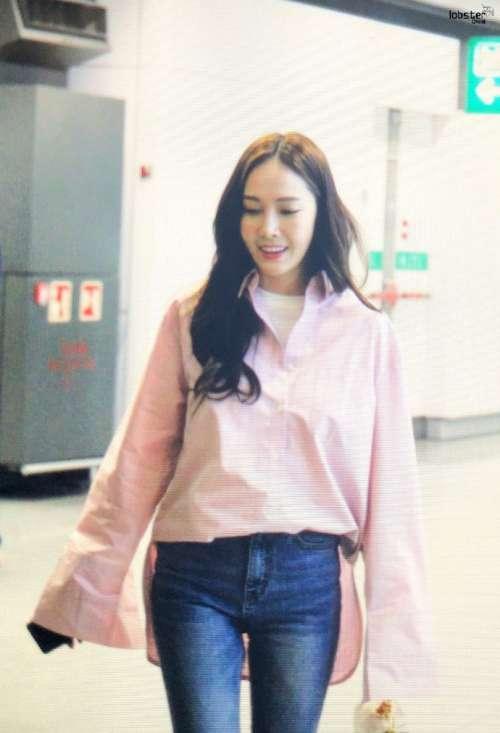 韩国美女明星郑秀妍Jessica香港国际机场街拍图片