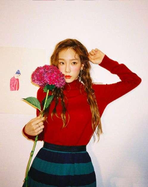 韩国美女图片 明星美女金泰妍私服图片 
