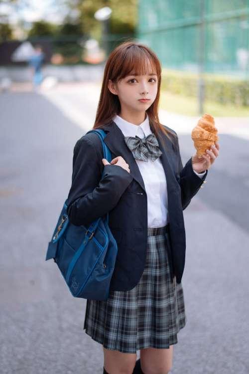 文艺JK制服美少女性感校园高清写真