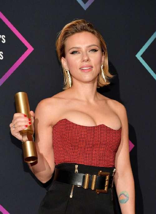 欧美美女明星斯嘉丽·约翰逊获得2018年度电影女
