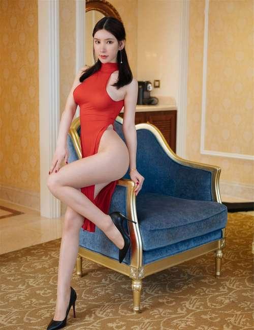 性感女神周于希Sandy高叉无内全裸大尺度无圣光私部写真集