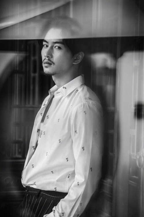 帅哥明星陈晓时尚写真安卓高清壁纸