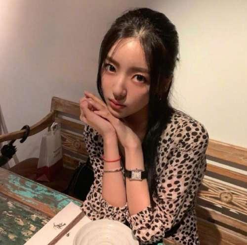 韩国美女图片 女艺人洪智允图片