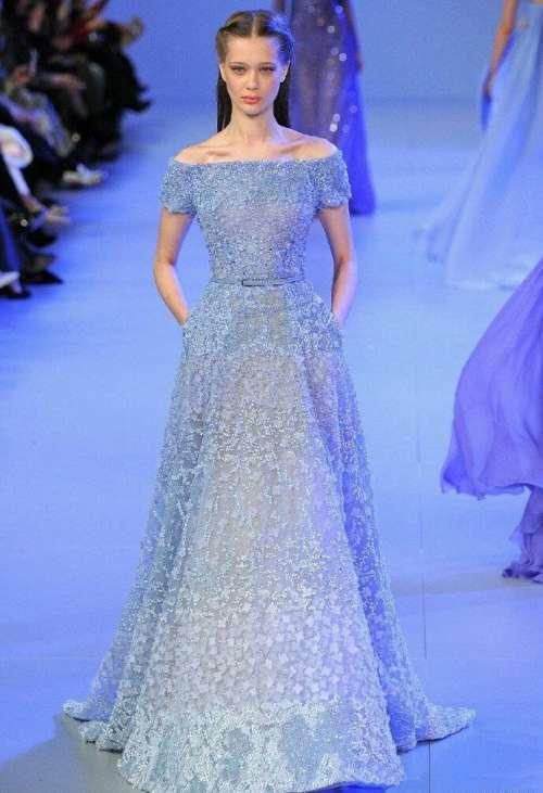 欧美美女模特演绎Elie Saab蓝色系列礼服颜色太美