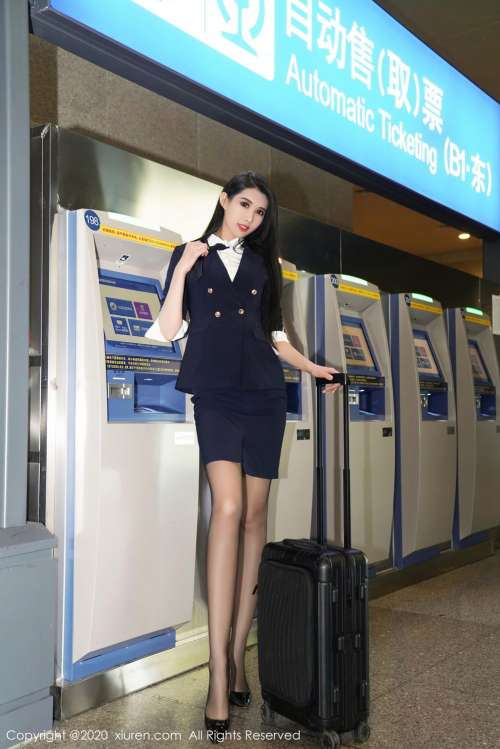 果儿Victoria和葛征净高184cm高挑美女魅惑演绎空姐职业制服主题系列