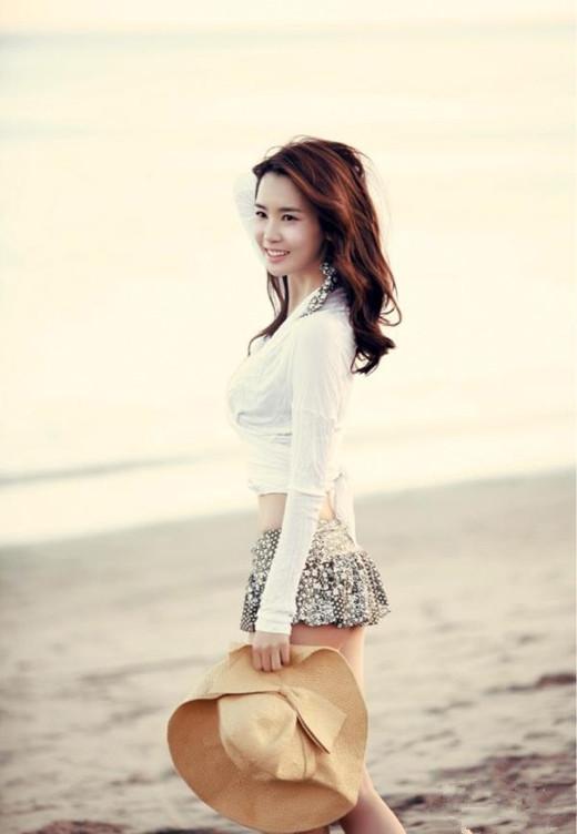 韩国美女明星李多海写真图片大全