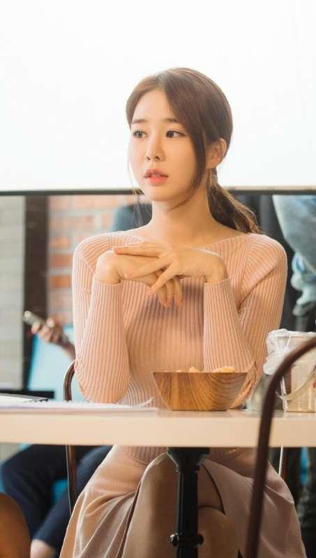 韩国美女明星刘仁娜唯美性感写真