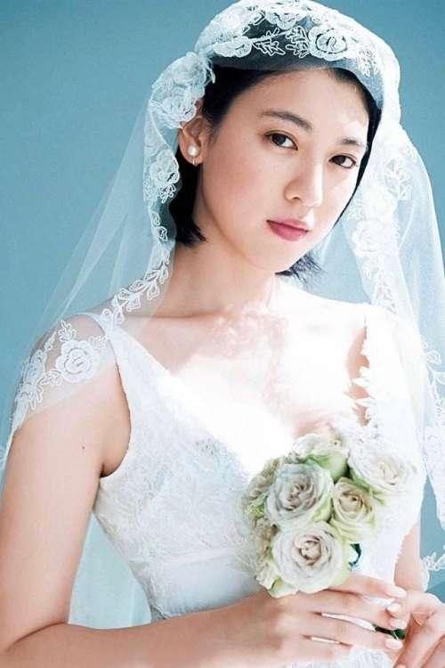 日本女星三吉彩花婚纱写真安卓高清壁纸