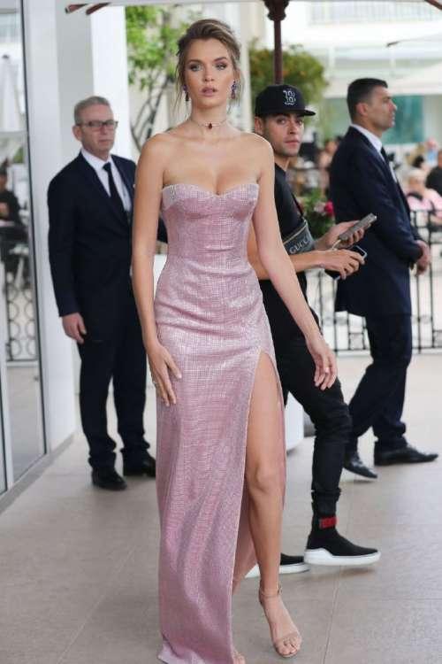 维秘天使丹麦美女超模Josephine Skrive戛纳红毯图片