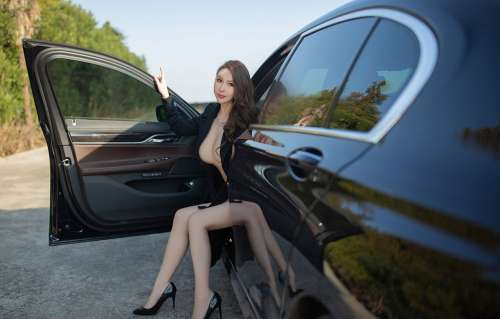 肉蛋妹Egg_尤妮丝户外车拍全裸大尺度丰乳翘臀后进诱惑写真