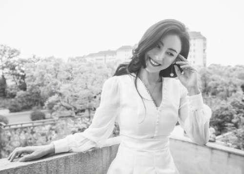 港片女神香港美女明星张柏芝黑白照图片