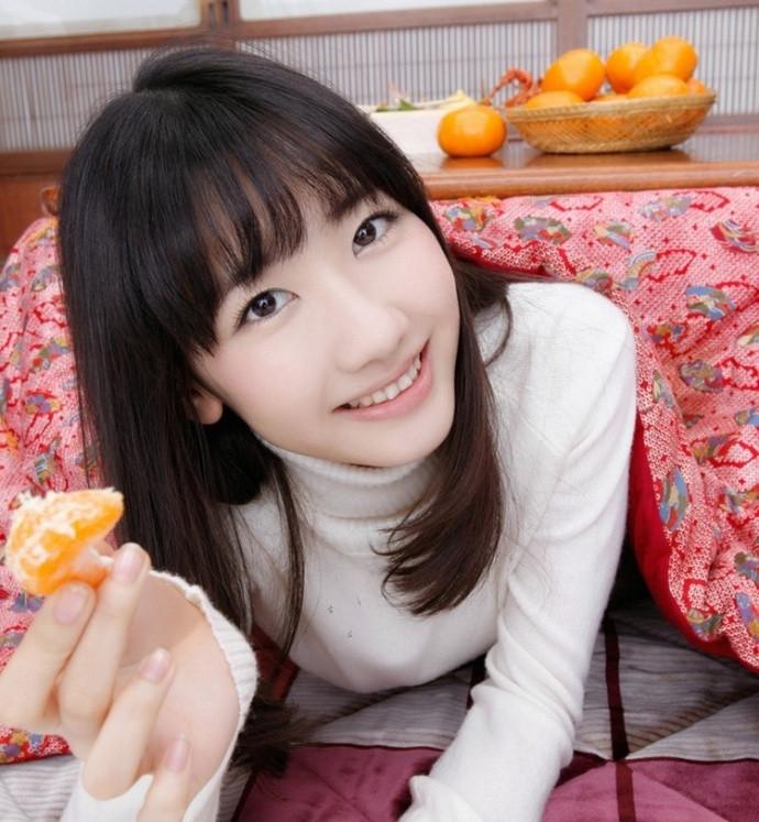 日本嫩模柏木由纪高清写真阳光笑容魅惑十足