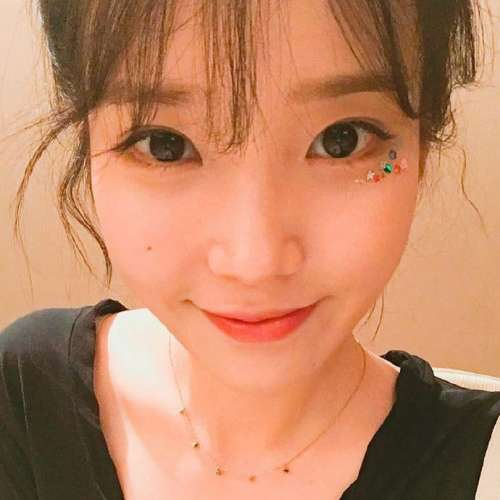 人美歌甜的韩国女歌手IU李知恩可爱图片 