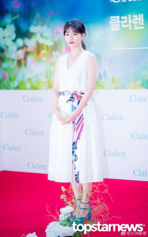 韩国美女明星秀智白色礼服优雅出席粉丝签名会