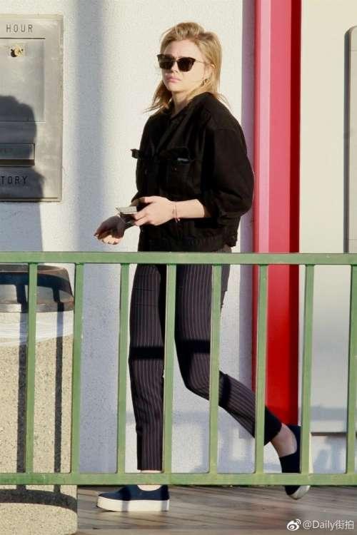 欧美美女超少女Chloë Moretz科勒.莫瑞兹街拍图片