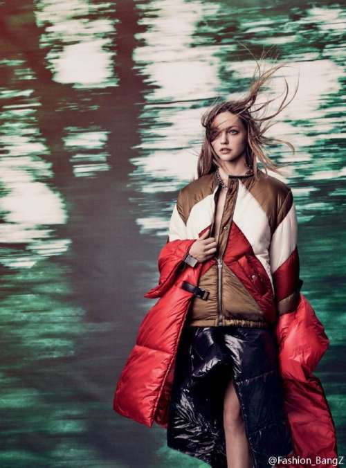 英国版Vogue时装大片俄罗斯超模Sasha Pivovarova演绎