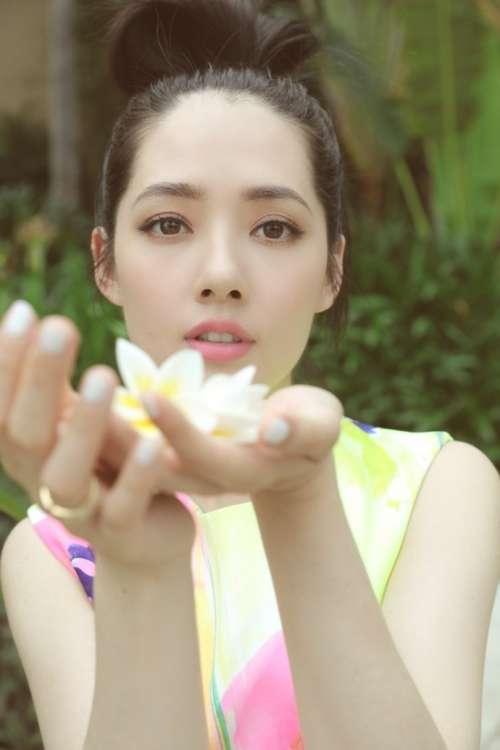 台湾美女明星郭碧婷唯美写真